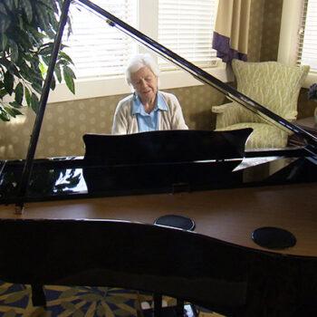 Lady-at-Piano
